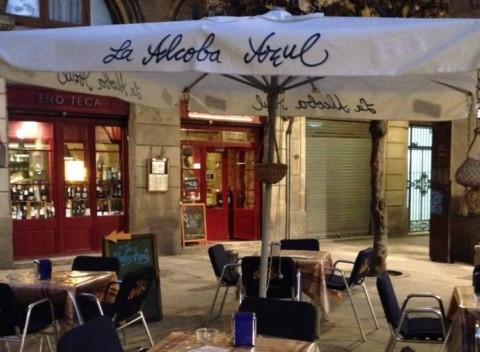 Dining out with Mia: La Alcoba Azul
